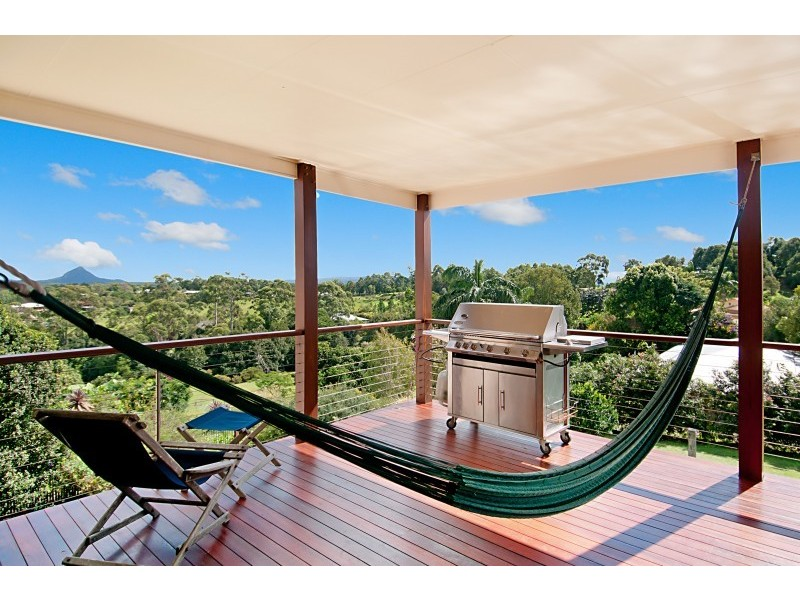 18 Fantail Crescent, Cooroy QLD 4563