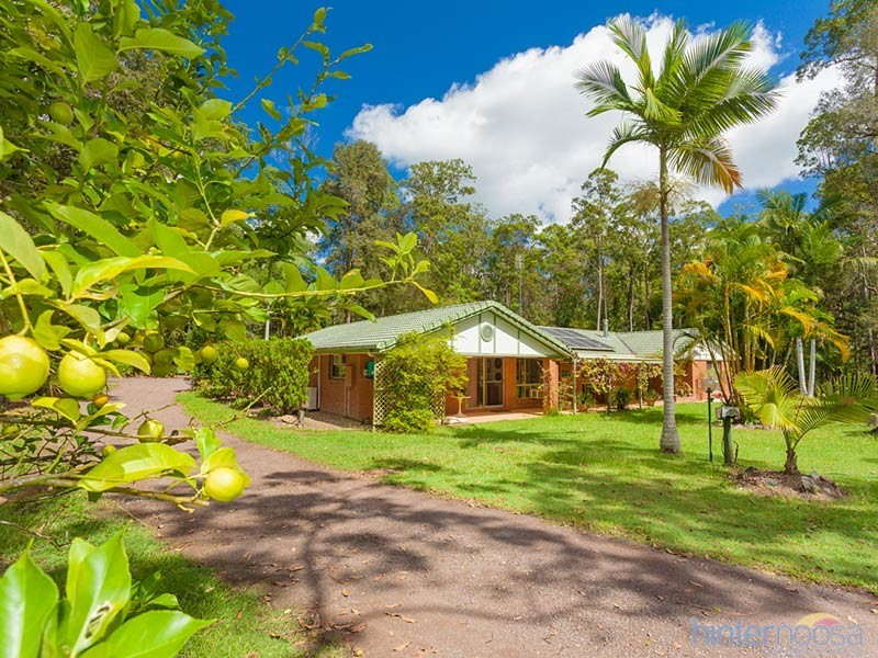 17 Forest Acres Dr, Lake Macdonald QLD 4563