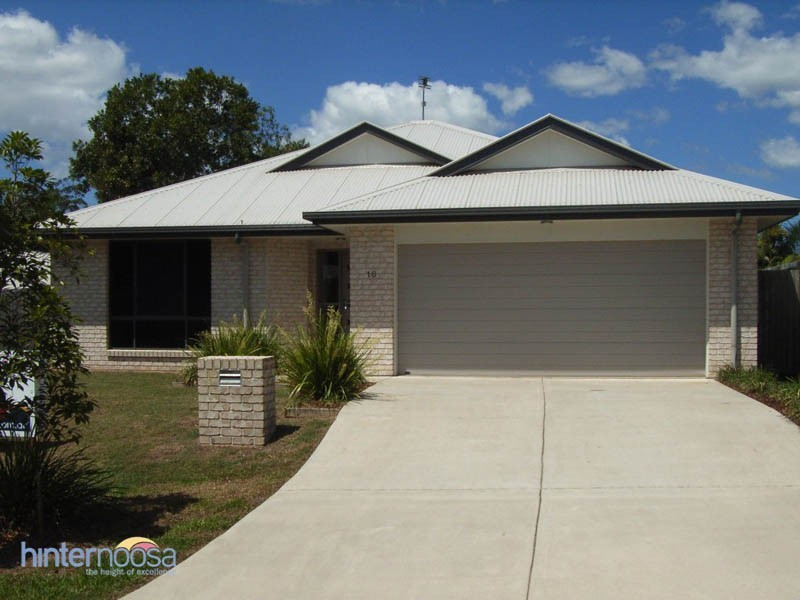 16 Prospect Place, Cooroy QLD 4563