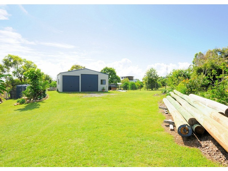 12 Blue Water Road, Booral QLD 4655