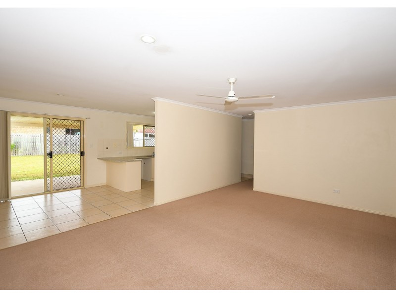46 Emerald Park Way, Urangan QLD 4655