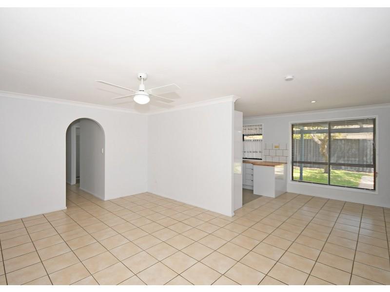 83 Pulgul Street, Urangan QLD 4655