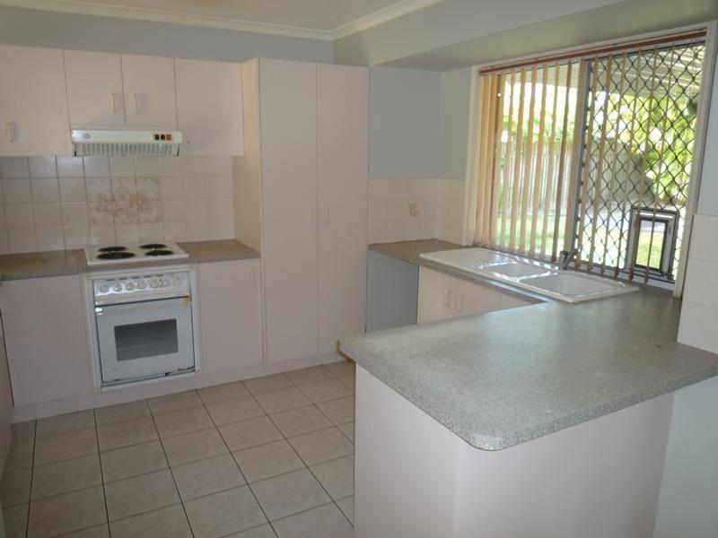 26 Acacia Street, Point Vernon QLD 4655