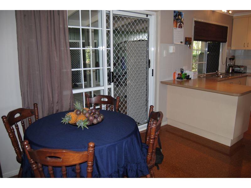 11 Valfern Court, Dundowran QLD 4655