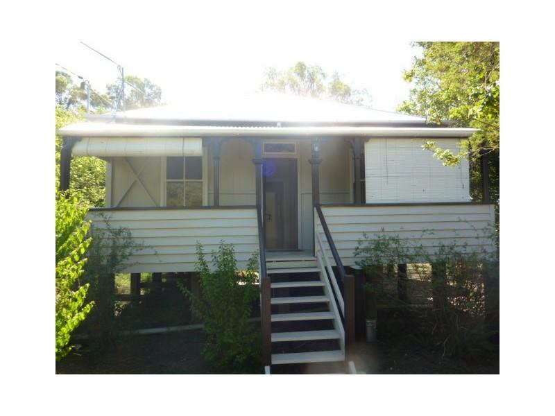 10 George Street, Blackstone QLD 4304