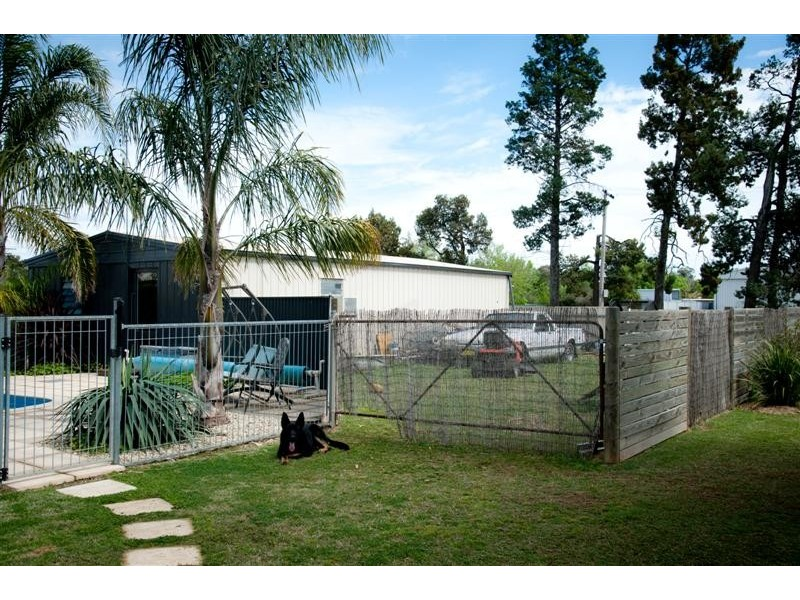 71 Denison St, Berrigan NSW 2712