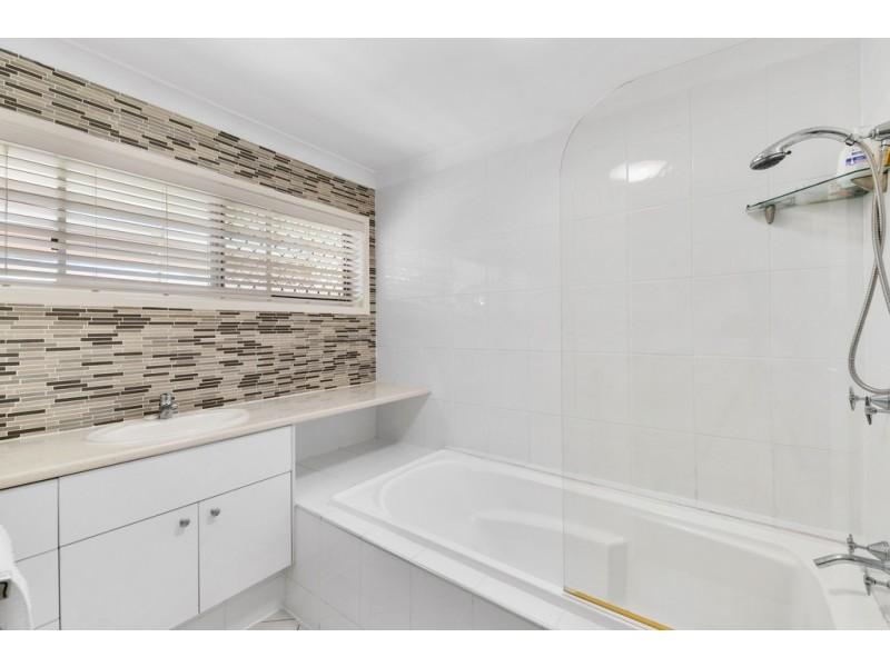 185 Maine Road, Clontarf QLD 4019