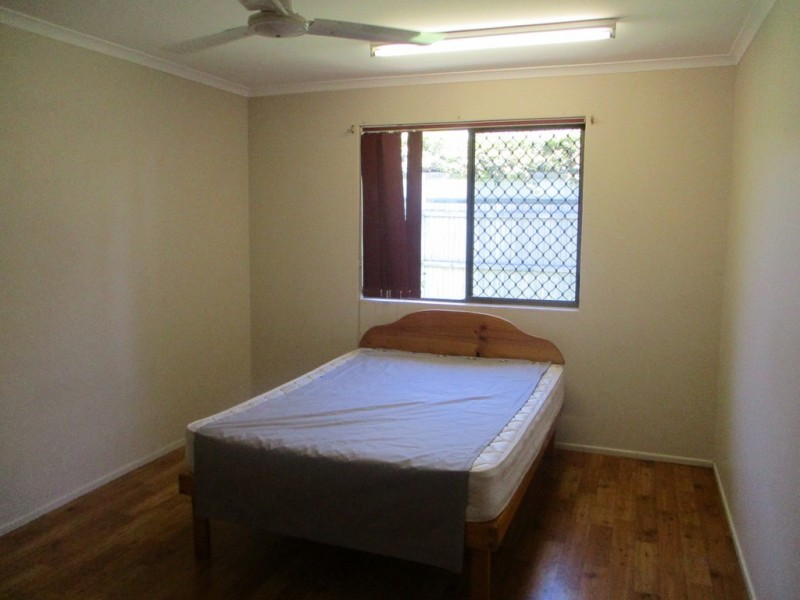 2 and 3/19 OFF STREET, Gladstone QLD 4680