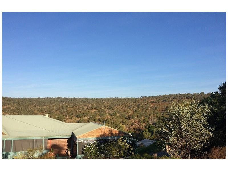 2 Hillway, Swan View WA 6056