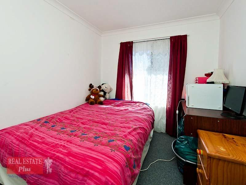 5 Kookaburra Crescent, High Wycombe WA 6057