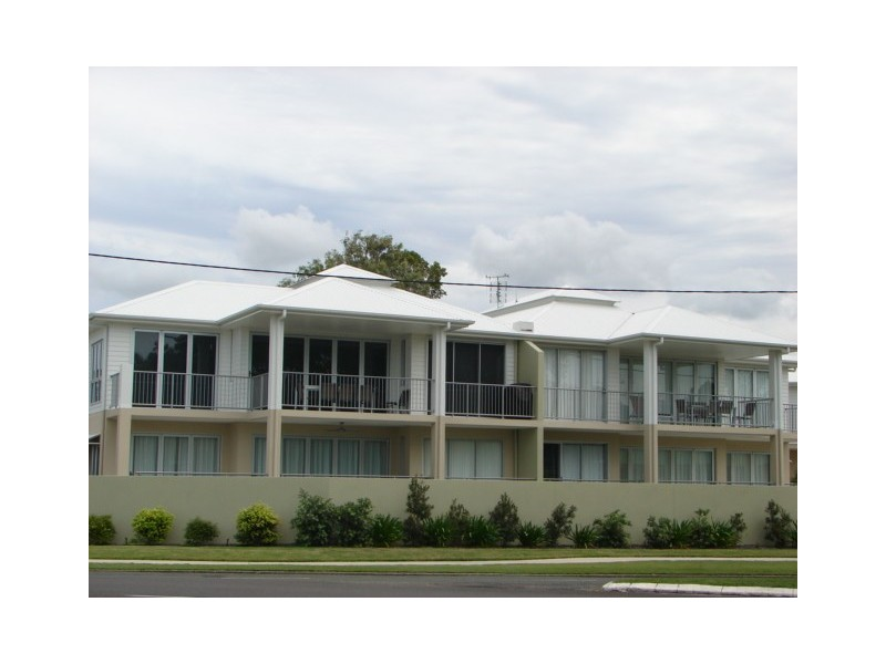 Unit 5, 29 The Esplanade, Tin Can Bay QLD 4580