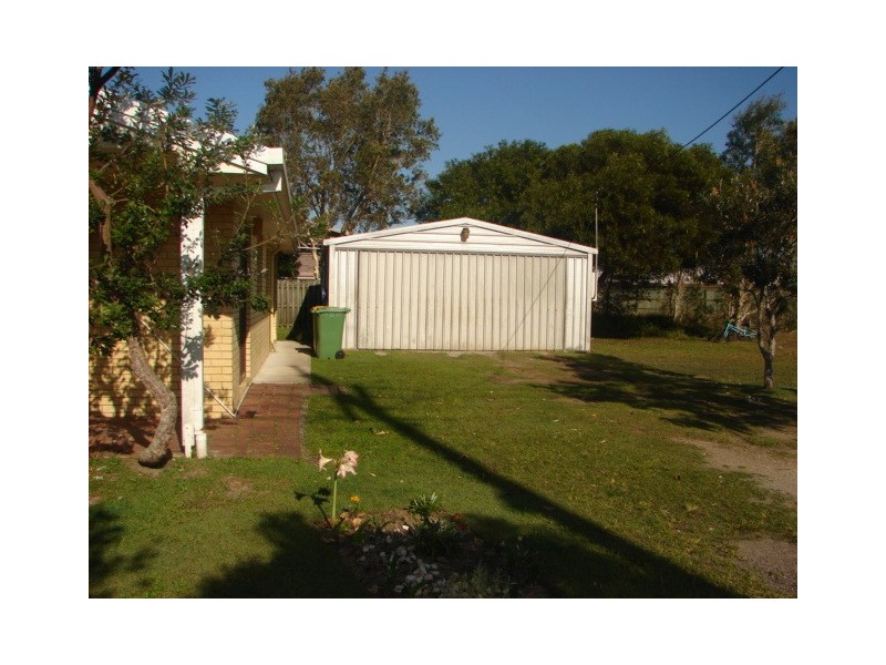 145 Gympie Road, Tin Can Bay QLD 4580