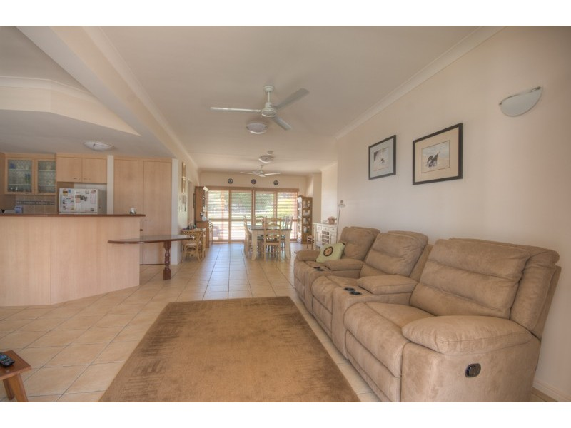 60 Esplanade, Tin Can Bay QLD 4580