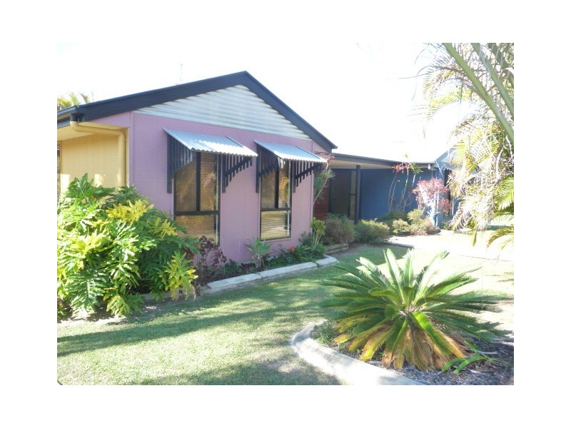 33 Golden Hind Ave, Cooloola Cove QLD 4580