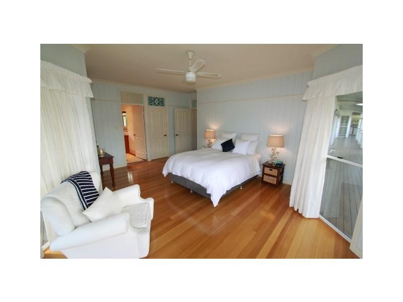 4 Kingfisher Court, Tin Can Bay QLD 4580