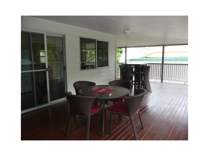 14 Oyster Parade, Tin Can Bay QLD 4580