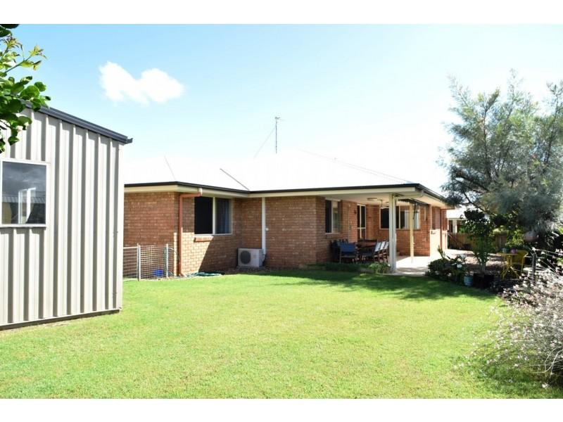 24 Acacia Crescent, Tin Can Bay QLD 4580