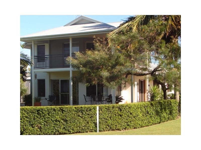 78 Esplanade, Tin Can Bay QLD 4580