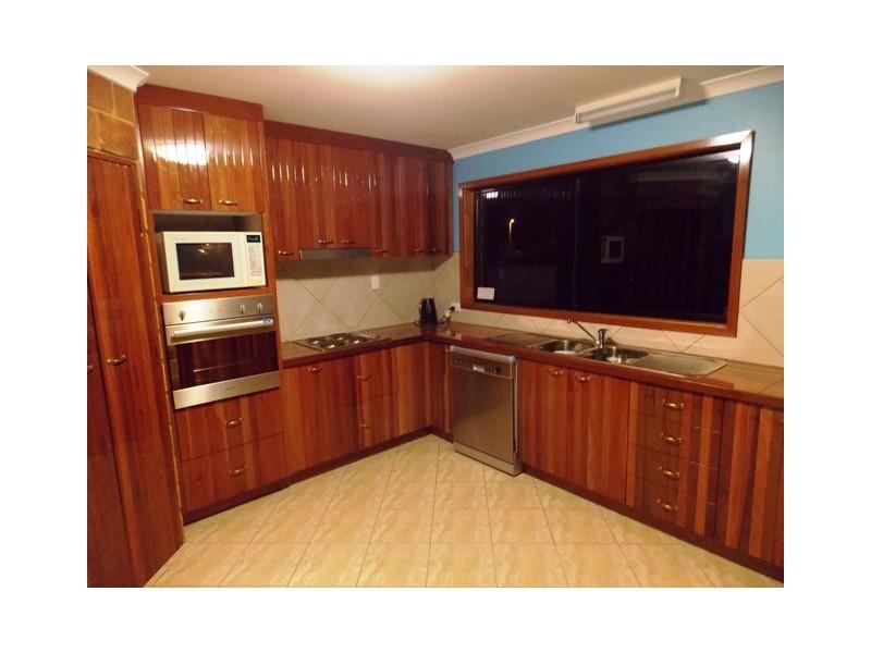 16 Atlantis Avenue, Cooloola Cove QLD 4580