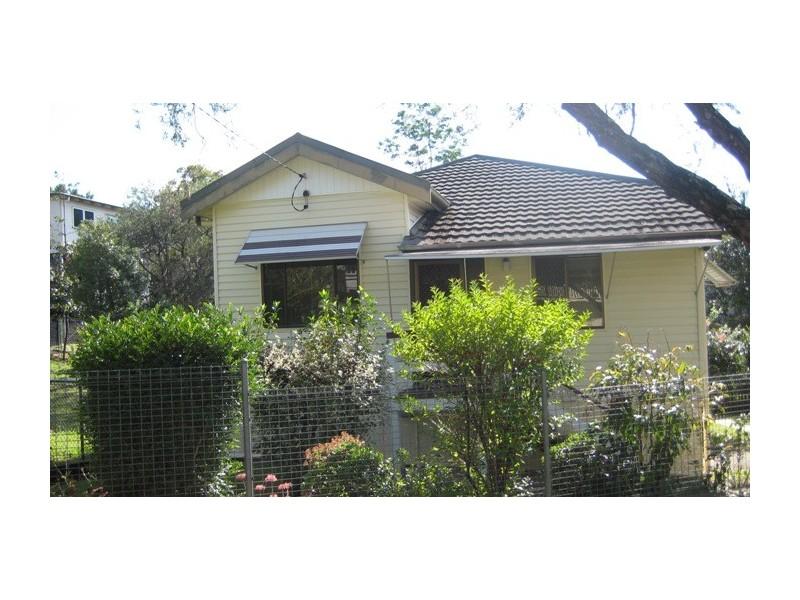 26 Heath Street, East Brisbane QLD 4169