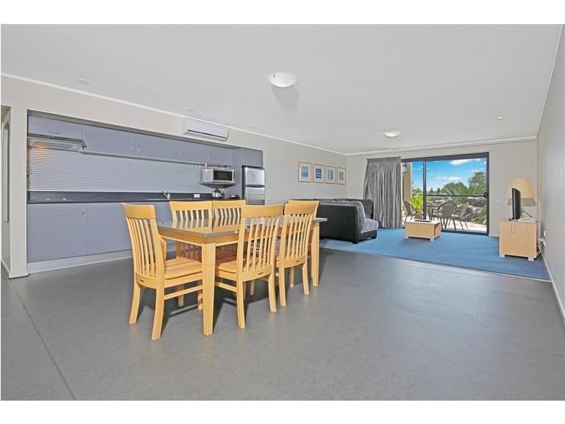 111/202 Beach Road, Batehaven NSW 2536