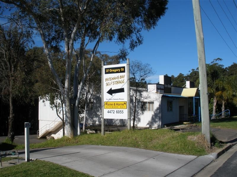2E/37 Gregory Street, Batemans Bay NSW 2536
