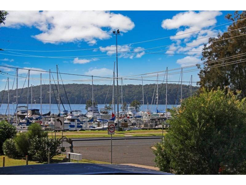 2/21 Golf Links Drive, Batemans Bay NSW 2536