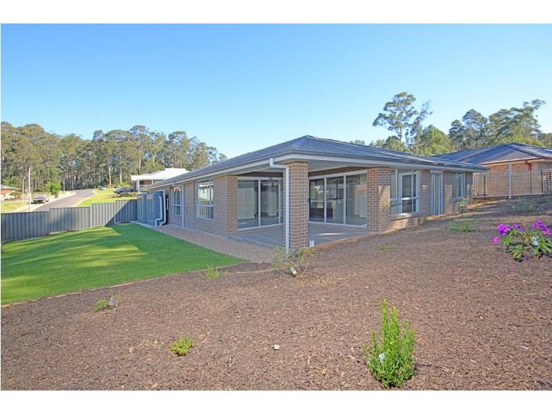 111 Edward Road, Batehaven NSW 2536