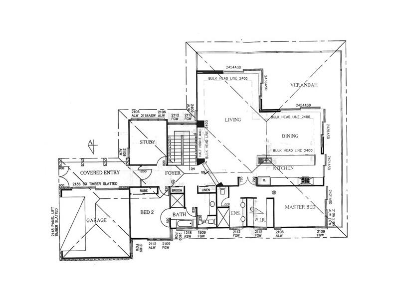 10 Walter Cres, Banora Point NSW 2486 Floorplan