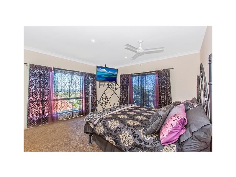 41 Lochlomond Dr, Banora Point NSW 2486