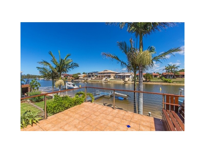 10 Bosun Boulevard, Banora Point NSW 2486
