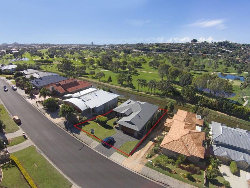 241 Darlington Drive, Banora Point NSW 2486