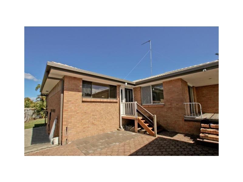 8 Tecoma Street, Southport QLD 4215