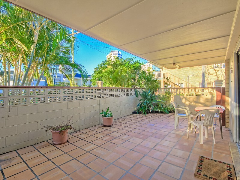 50 Monaco Street, Broadbeach Waters QLD 4218