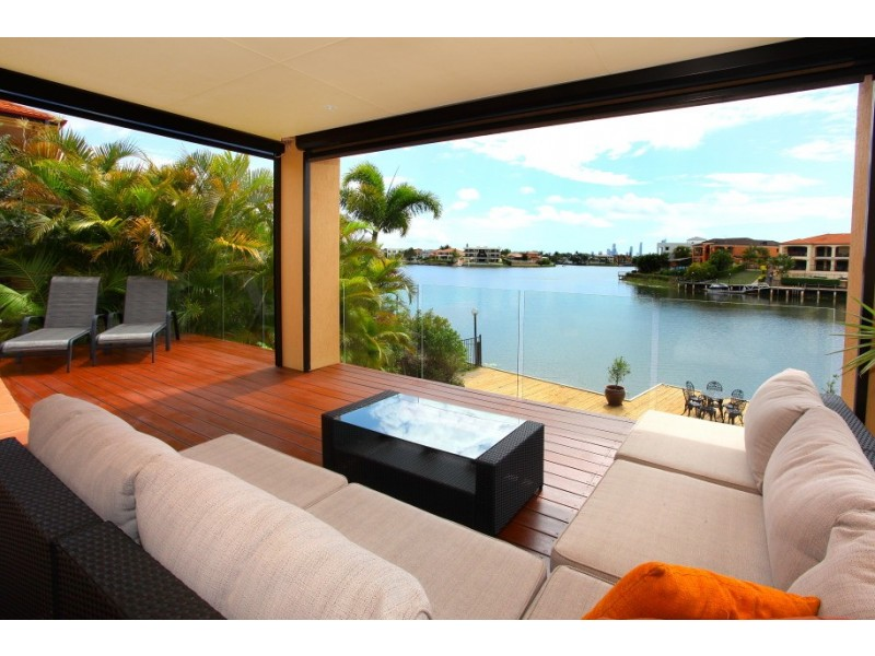 25 Clear Water Bay Avenue, Clear Island Waters QLD 4226