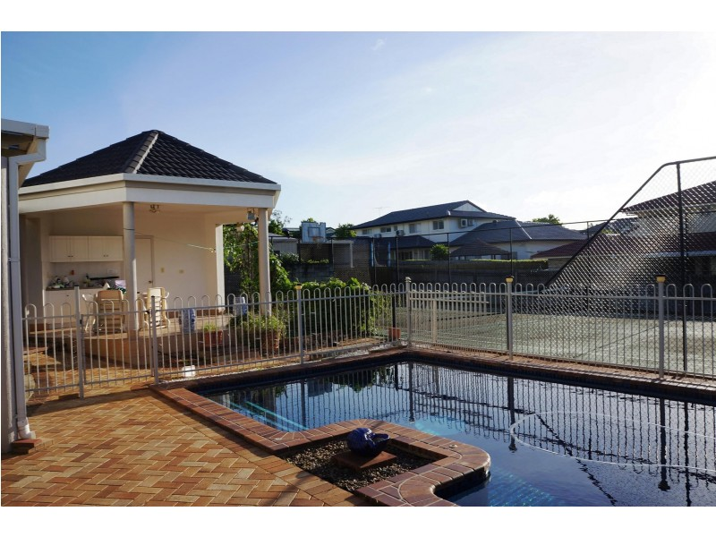 7 Hibiscus Court, Stretton QLD 4116