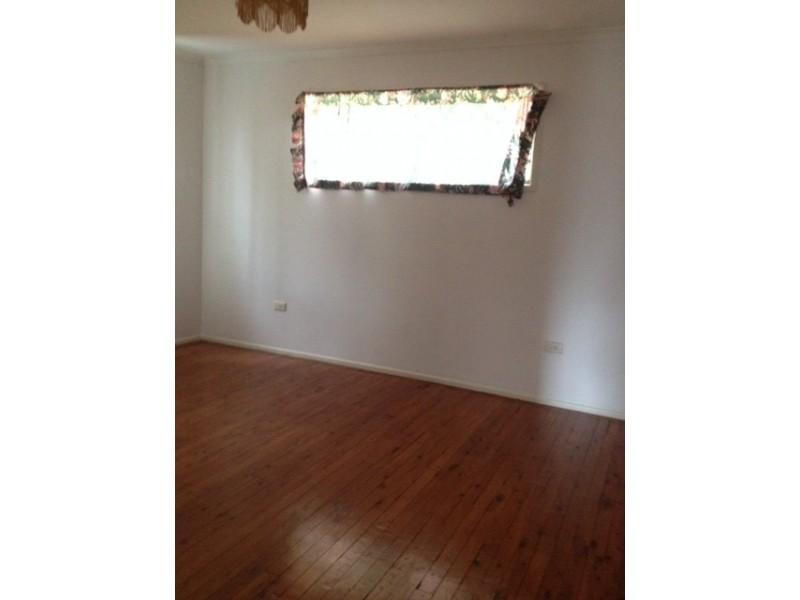 11 Carnoustie Street, Macgregor QLD 4109