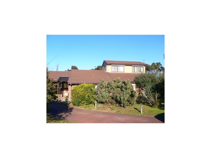 40 Oakridge Road, Aberfoyle Park SA 5159