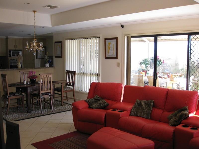 22 Moorfield Terrace, Allenby Gardens SA 5009