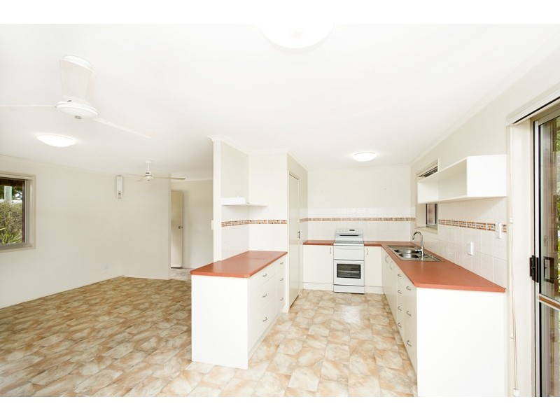 24 Andrea Avenue, Southside QLD 4570