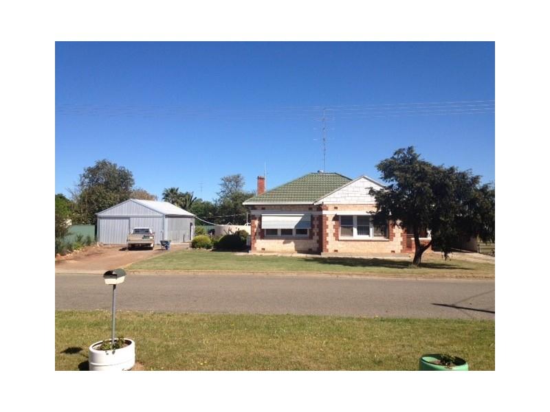 4 Walkom Street, Cummins SA 5631