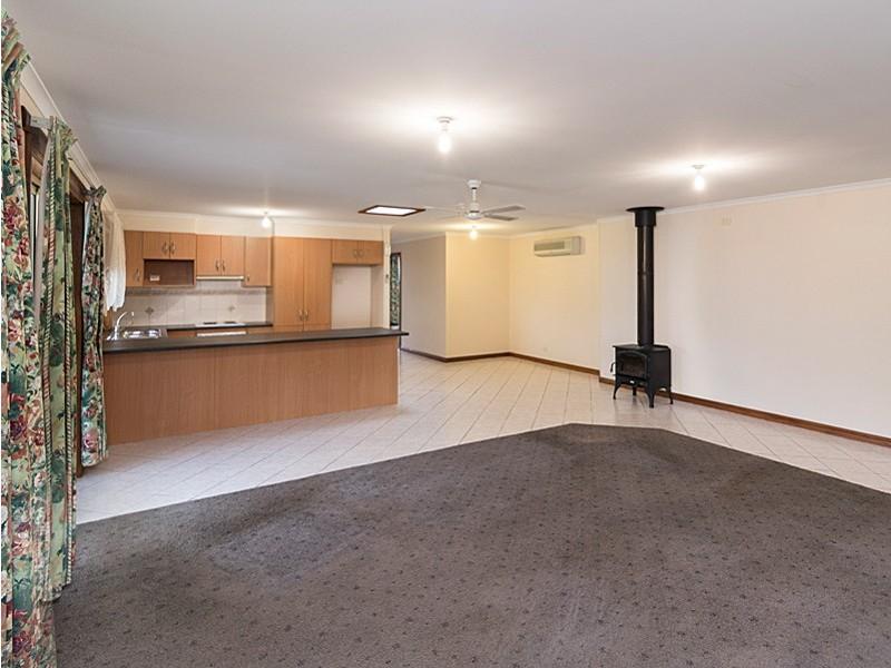 10 Montrose Avenue, Strathalbyn SA 5255