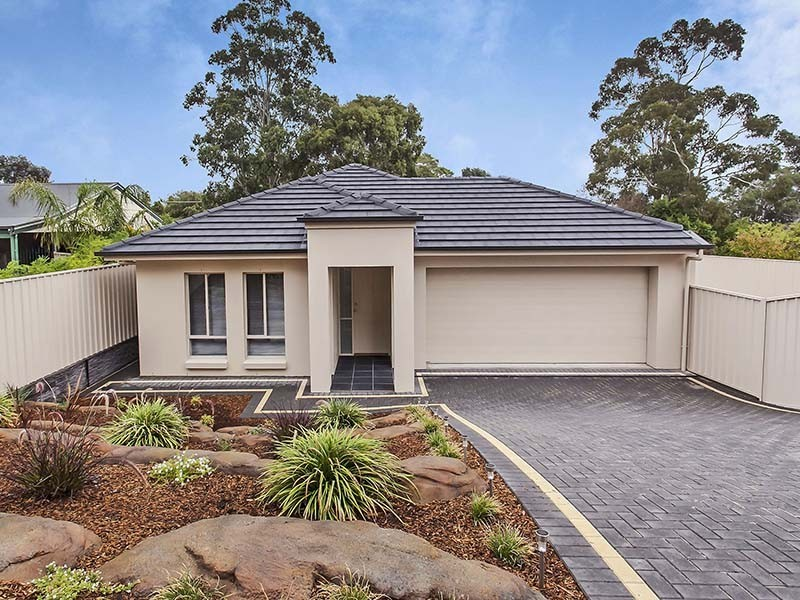 3 Oakridge Close, Aberfoyle Park SA 5159