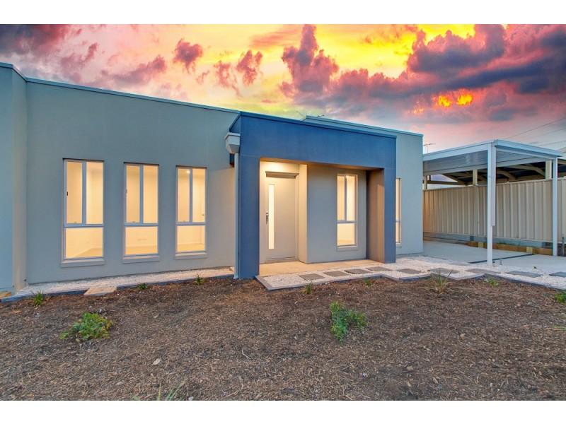 2A Oldfield Avenue, Christies Beach SA 5165