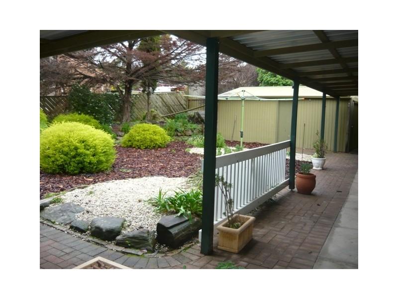 5 Newport Crescent, Aberfoyle Park SA 5159