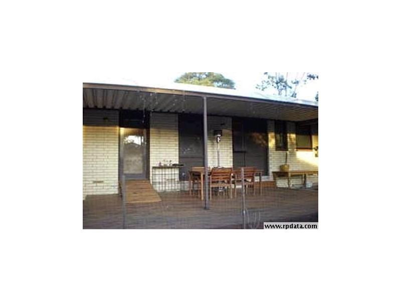 15 Redcraze Street, Aberfoyle Park SA 5159
