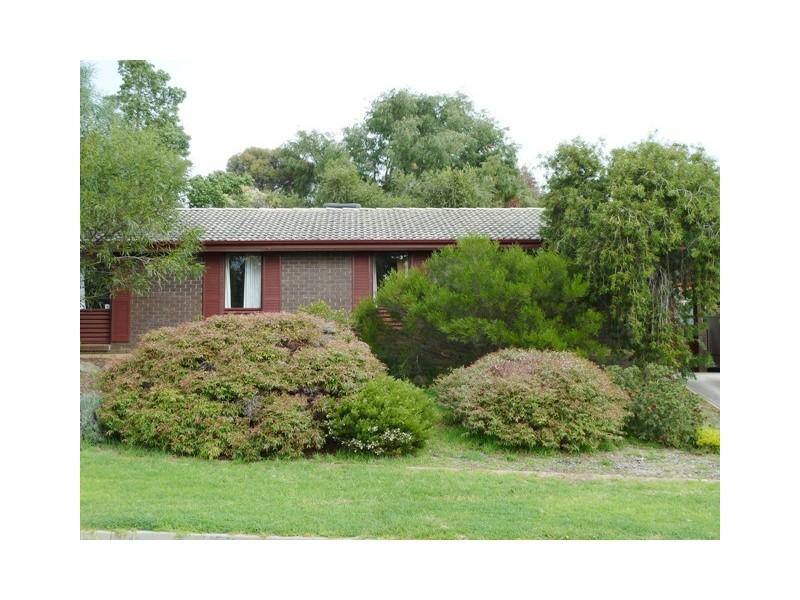 18 Elmgrove Street, Aberfoyle Park SA 5159