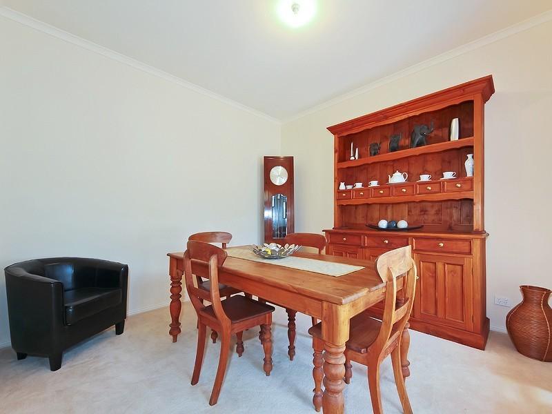 3 Oakley Road, Aberfoyle Park SA 5159