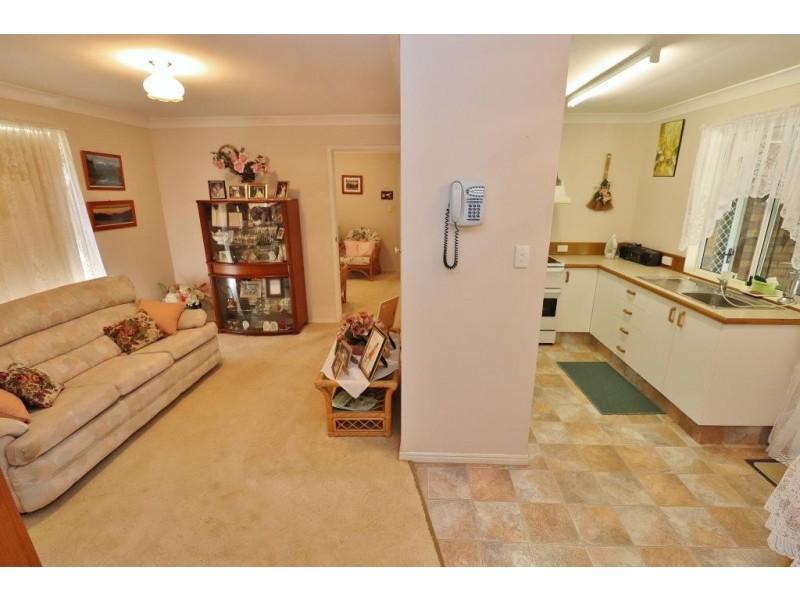 12 BELLAVISTA AVENUE, Kingaroy QLD 4610