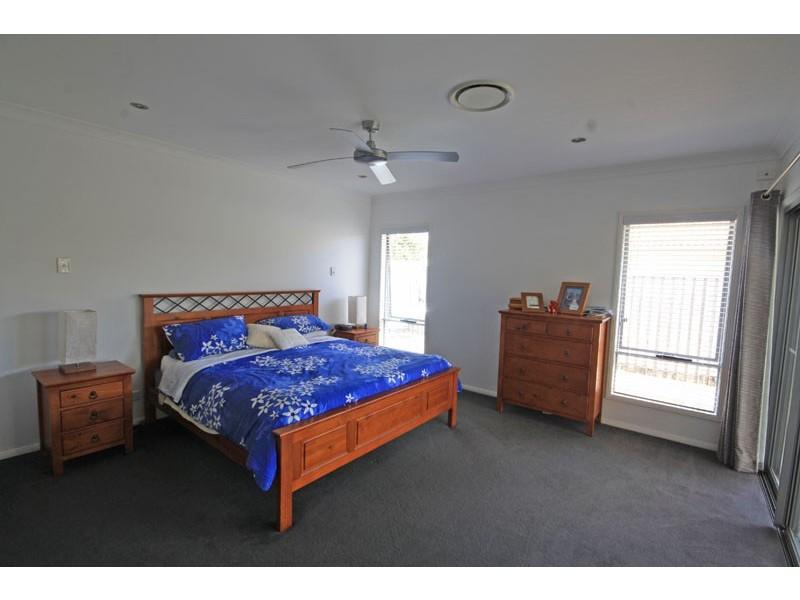 34 St Pauls Avenue, Pelican Waters QLD 4551